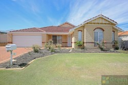 3 Fremont Cres, Secret Harbour WA 6173, Australia