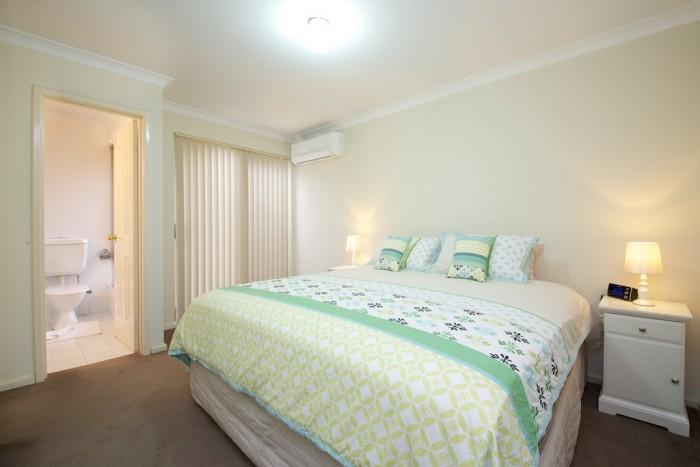 2/52 Second Avenue, Claremont, WA 6010, Australia