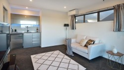 136 East Coast Road, Milford, North Shore City, Auckland