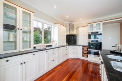 11 Asbury Crescent, Campbells Bay, North Shore, Auckland, New Zealand