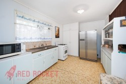 10 Burrigan Street, Woodridge, QLD 4114, Australia