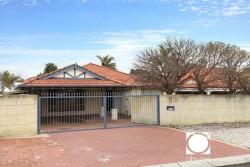 5 Brooke Gardens, Bateman WA 6150, Australia