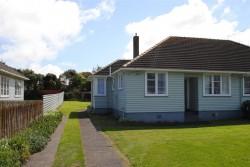19 Collins Street, Hawera 4610, Taranaki, New Zealand