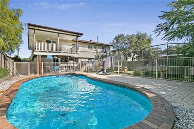 22 Crofty Street, Albany Creek, QLD 4500, Australia
