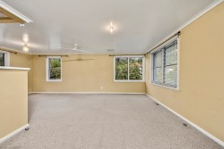 69 Walker Crescent, Narrabundah, ACT 2604
