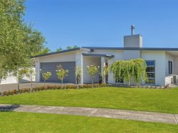 3 Pohutukawa Grove, Lytton West, Riverdale, Gisborne, New Zealand