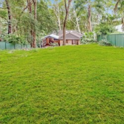4 Chellow Dene Avenue, Stanwell Park, NSW 2508, Australia