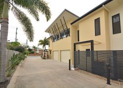 2/175 Torquay Road, Scarness, QLD 4655, Australia