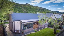 63 Devon Street, Arrowtown, Queenstown­-Lakes, Otago, 9302, New Zealand