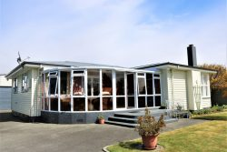 22 Freestone Place, Manapouri, Southland, 9679, New Zealand
