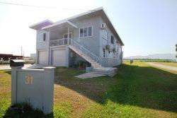 31 Halifax Rd, Ingham QLD 4850, Australia