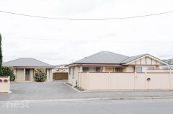 Unit 2/13 Howard St, Invermay TAS 7248, Australia