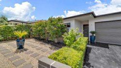 209 Copland Drive Spence ACT 2615 Australia