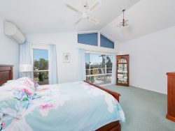 35 Cromarty Rd, Soldiers Point NSW 2317, Australia