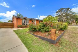 4 Moonta Place Fisher ACT 2611 Australia