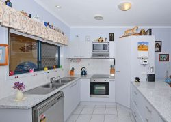 Unit 29 34 Elizabeth Street Urangan QLD 4655 Australia