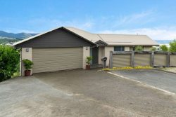 11 Windsor Drive, Britannia Heights, Nelson City 7010, New Zealand