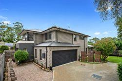 11 Glenview Rd, Mount Kuring-Gai NSW 2080, Australia