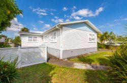 80 Commodore Drive Lynfield Auckland City 1042 New Zealand