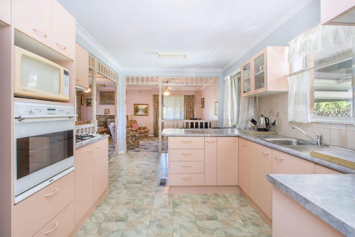 498 Douglas Rd, Lavington NSW 2641, Australia