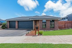 3 Learmonth Cl, Dennington VIC 3280, Australia