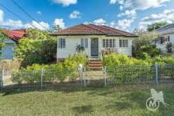 4 Piddington St, Ashgrove QLD 4060, Australia