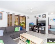 9 Regent Dr, Alexander Heights WA 6064, Australia