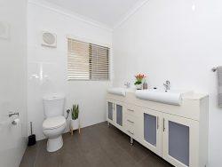 19 Barrett St, Spearwood WA 6163, Australia