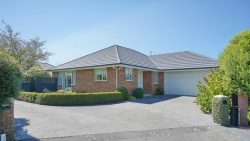 24 Chesterfie­ld Mews, Russley, Christchur­ch City, Canterbury, 8042, New Zealand