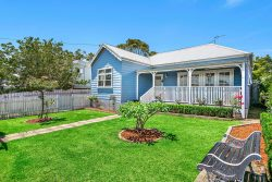 3 Deakin St, Oak Flats NSW 2529, Australia