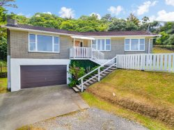 93 Dowse Drive, Maungaraki­, Lower Hutt, Wellington, 5010, New Zealand