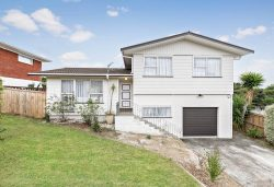 34 Easton Park Parade, Glenfield, North Shore City, Auckland, 0629, New Zealand