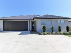 180 Tukapa Street, Westown, New Plymouth, Taranaki, 4310, New Zealand