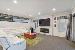 71 Seventh View Avenue, Beachlands, Manukau City, Auckland, 2018, New Zealand