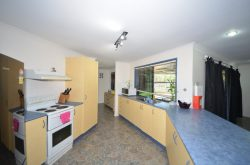 22 Diane St, Mount Pleasant QLD 4740, Australia