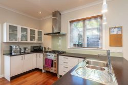 79 Duthie Street, Karori, Wellington­, 6012, New Zealand