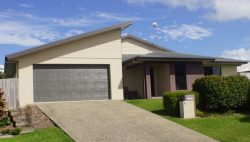 5 Herbert Way, Rural View QLD 4740, Australia