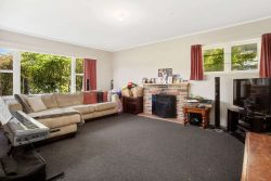 18 Jocelyn Crescent, Pinehaven, Upper Hutt, Wellington, 5019, New Zealand
