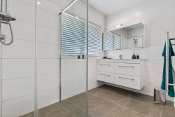 4/15 Patterson Street, Sandringha­m, Auckland City, Auckland, 1041, New Zealand
