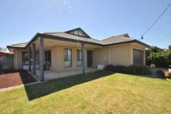 534 Regina Avenue, North Albury, NSW 2640, Australia