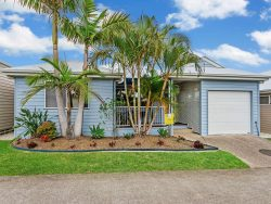 42/40 Riverbrooke Dr, Upper Coomera QLD 4209, Australia