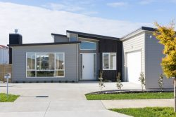 13 Floyd Road, Riverhead, Rodney, Auckland, 0892, New Zealand