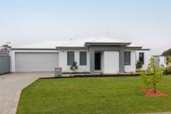 2 Delcomyn Pl, Craigie WA 6025, Australia