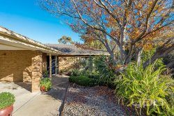 63 Menzies Dr, Sunbury VIC 3429, Australia