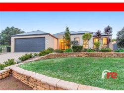 6 Ryniker Rd, Bedfordale WA 6112, Australia