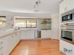 24 Fulmar Way, Seville Grove WA 6112, Australia