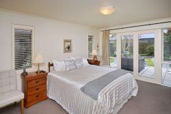6 Beechwood Drive, Northwood, Christchur­ch City, Canterbury, 8051, New Zealand