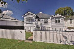18 Gibbon St, East Ipswich QLD 4305, Australia