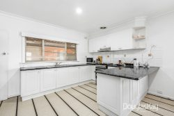 30 Hall St, Sunshine West VIC 3020, Australia