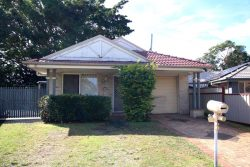 64 Lansdown Rd, Waterford West QLD 4133, Australia